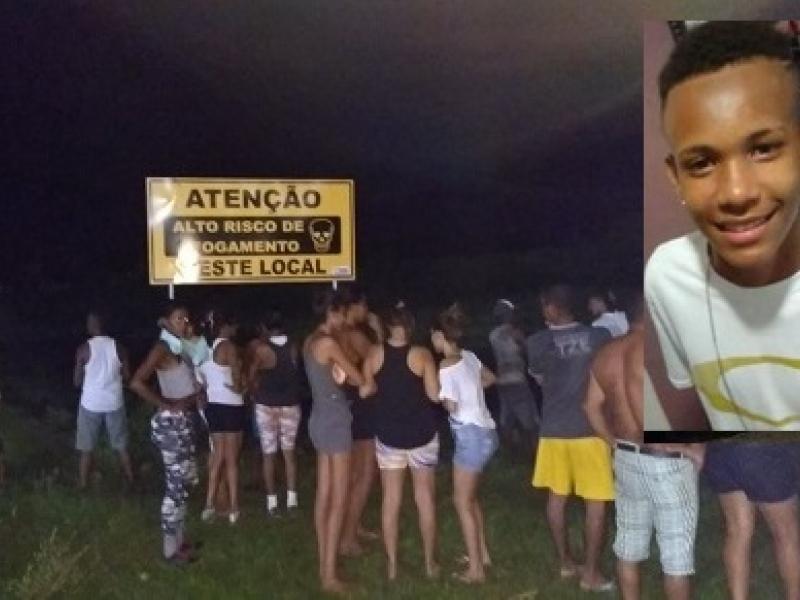 Jovem sai para jogar bola e acaba morrendo afogado em Ipiaú
