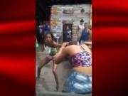 Mulheres brigam em feira livre na Bahia; veja o vídeo