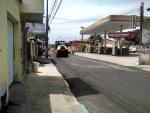 Ruas em bairro central de Porto Seguro recebem asfalto