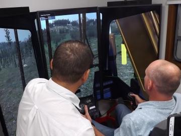 Formação de operadores de máquinas florestais abre perspectiva profissional em Itabela