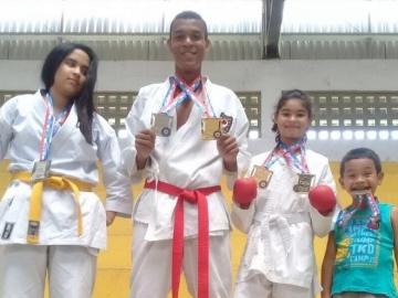 Atleta de Itagimirim foi um dos destaques no Campeonato Baiano de Karatê