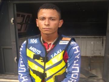 Mototaxista é preso em Teixeira com mais de R$ 74 mil