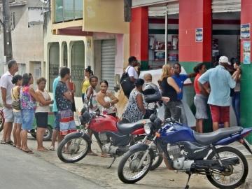 População de Itagimirim sofre com a falta de agência bancária na cidade