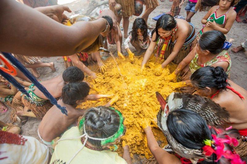 O festival, que representa a luta da comunidade indígena pataxó Reserva da Jaqueira, tem por objetivo o fortalecimento da cultura por meio de danças e cantos, rituais sagrados, batismo, orações e com a presença de anciãos, jovens e lideranças (Divulgação)