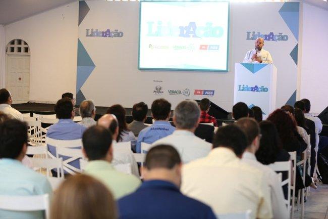 Anderson Souza, diretor administrativo financeiro da Veracel, falou sobre a  ética nos negócios e desenvolvimento de fornecedor. (Divulgação)
