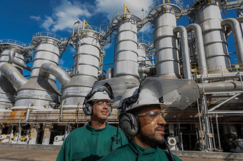 A Veracel Celulose, indústria localizada na Costa do Descobrimento, no Sul da Bahia, apresenta as ações de gestão ambiental da companhia como forma de impulsionar melhores práticas de sustentabilidade dentro e fora da empresa. (ASCOM-Veracel)