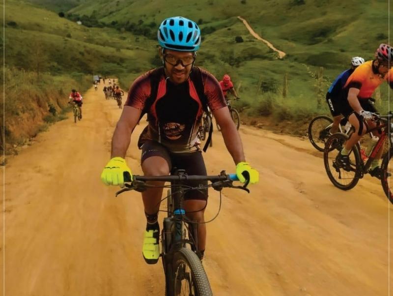 Atletas de Itagimirim participaram de prova de ciclismo em Eunápolis. (Departamento de Esportes/Divulgação)
