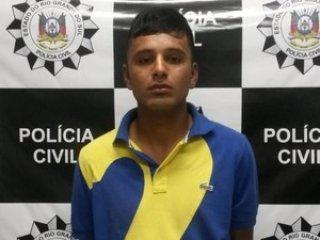 Jovem de 23 anos é preso após cair em armadilha<br /> da polícia por rede social (Foto: Divulgação/Polícia<br /> Civil