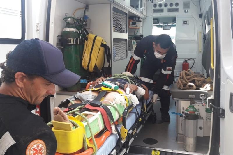 Acidente ocorreu na BR-101, em Itamaraju. (Foto: Cocobongo News)