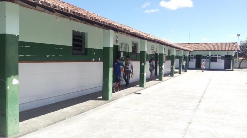 Colégio Estadual Loíde Alcântara Neves em Itagimirim. (Reprodução: Redes sociais)