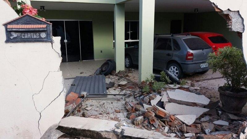 Apesar dos estragos, não houve feridos. (Foto: Radar64)