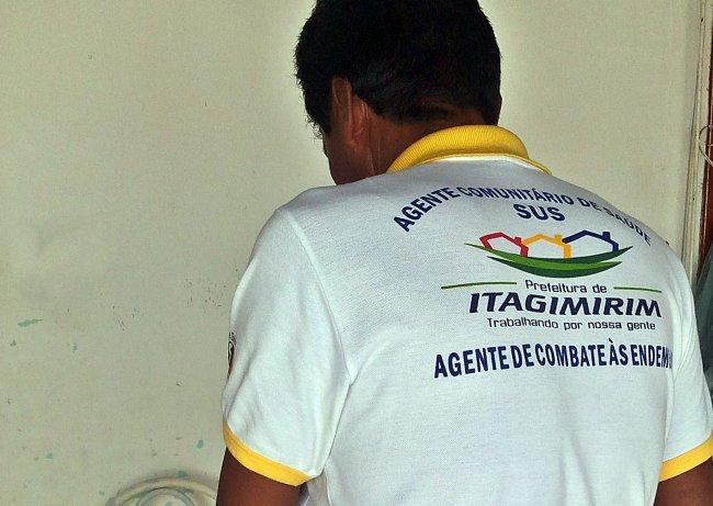 Agentes de endemias visitam as casas regularmente em Itagimirim. (Foto: Arquivo/Rastro101)