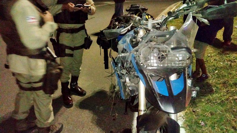Policiais ficaram no local até a chegada da PRF (Rastro101)