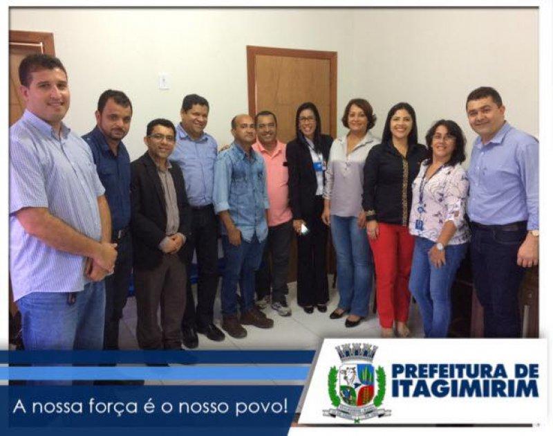 Equipe do SEBRAE e representantes do Governo Municipal (Divulgação)