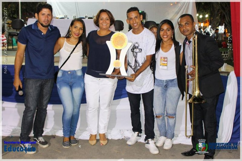 Fanfarras receberam premiação de participação (ASCOM)