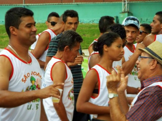 Evento foi organizado em um grupo do Whatsapp e tinha o objetivo de reunir amigos. (Foto: Adson Oliveira / Rastro101)