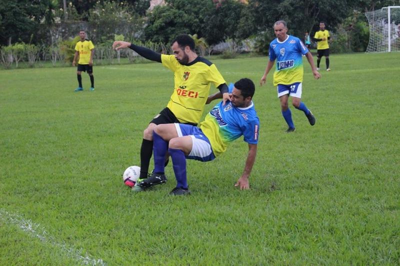 Momento da partida entre A.D.E.C.I e Rondon no Zoaldão. (Imagem: Departamento de Esportes)