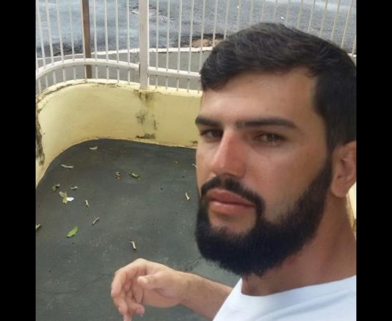 Guilherme Ribeiro Souza morreu no local do acidente. (Reprodução)
