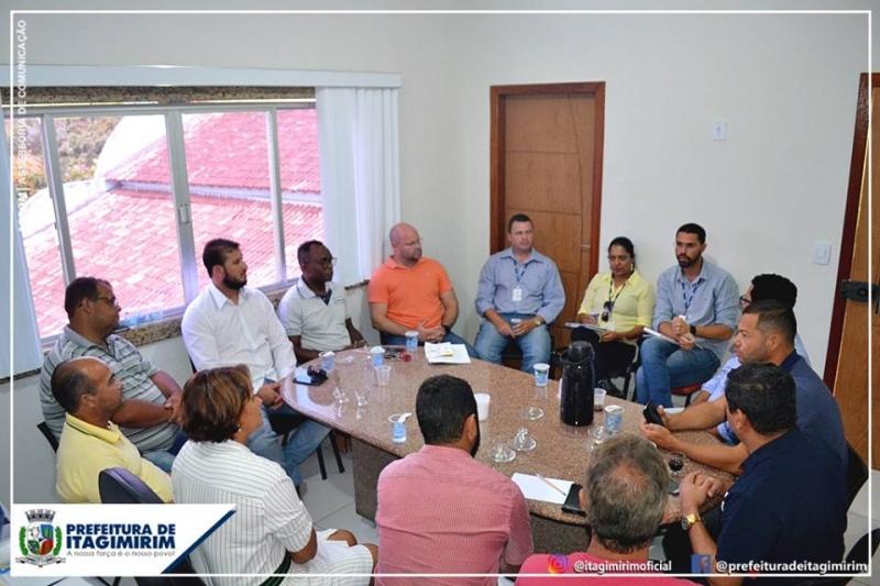 Reunião foi realizada na manhã desta sexta-feira. (Ascom-Itagimirim)