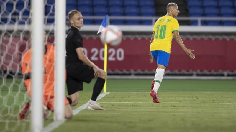 Richarlison comemora o primeiro gol pela seleção brasileira olímpica (Foto: Lucas Figueiredo / CBF)
