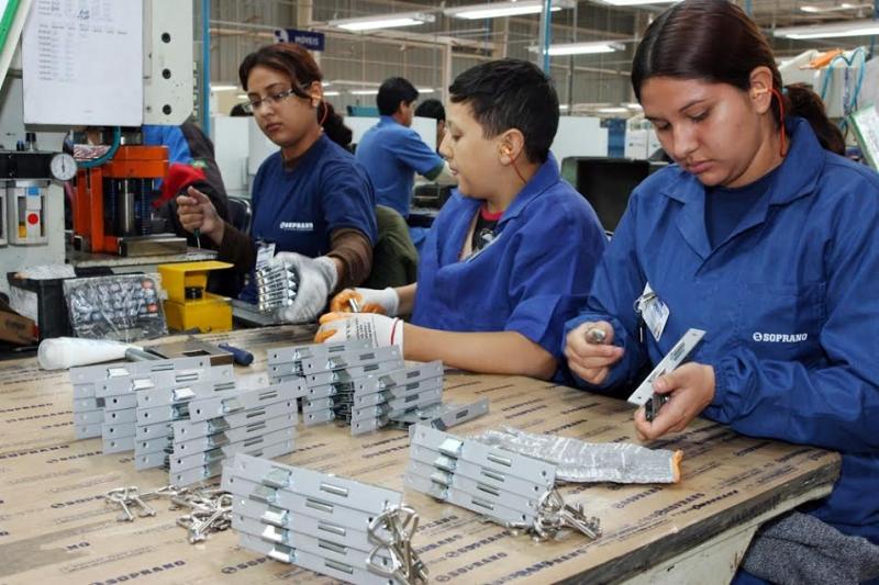 O aumento da remuneração feminina é maior do que o registrado para todos os trabalhadores. (Imagem: Reprodução)