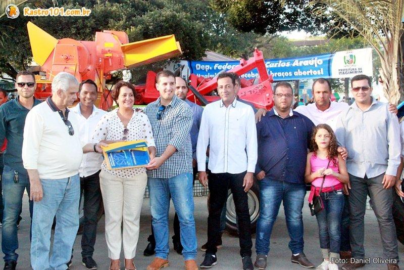 Entregas foram feitas ao município durante comemorações do 7 de Setembro. (Daniel Oliveira)