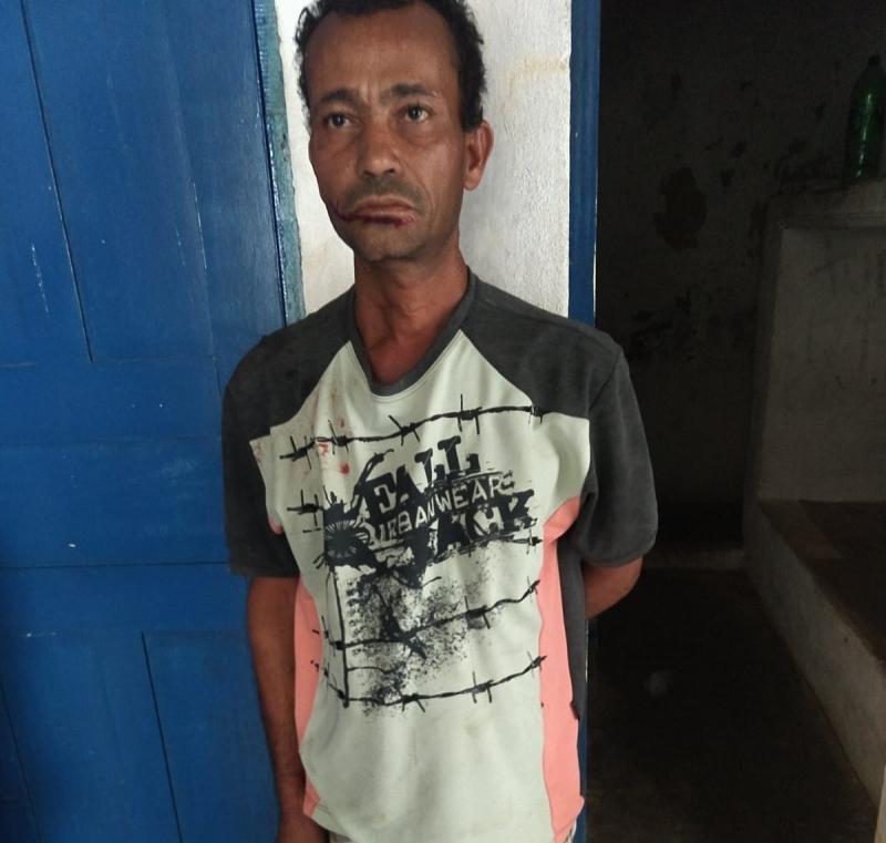 Homem foi detido pela polícia após cometer um feminicídio. (Divulgação/ Polícia Civil)