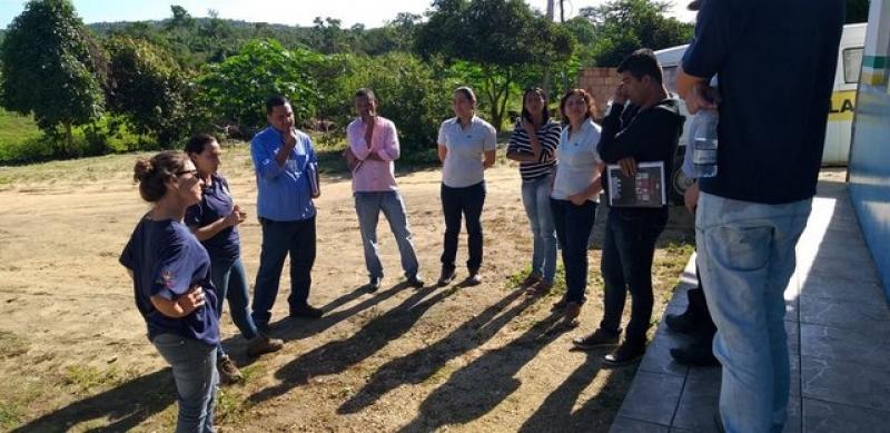 Farinheiras do distrito de União Baiana e da sede do município receberam visitas técnicas. (Ascom-Prefeitura de Itagimirim)