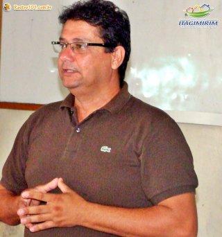 Rogério agradeceu à iniciativa da Veracel Celulose e colocou a Secretaria Municipal de Agricultura a inteira disposição para colaborar com o sucesso do mais novo programa agrícola do município. (Foto: ASCOM)