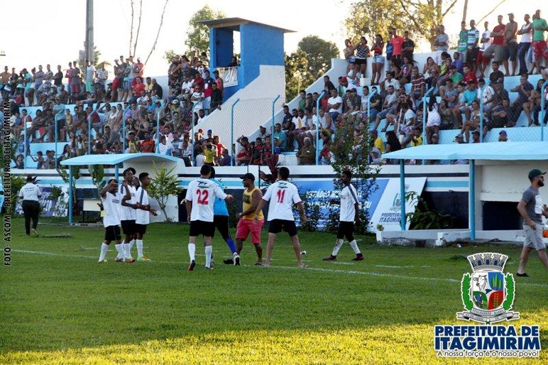 Equiep Ousadia levou a melhor e venceu por 2x0 a equipe Big lanches. (ASCOM)