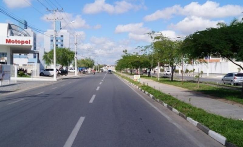 Avenida Fraga Maia, Feira de Santana.  (Reprodução: Internet)