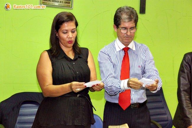 Votação foi apurada pelos advogados Dr. Adelino e Dra. Magali. (Foto: Rastro101)