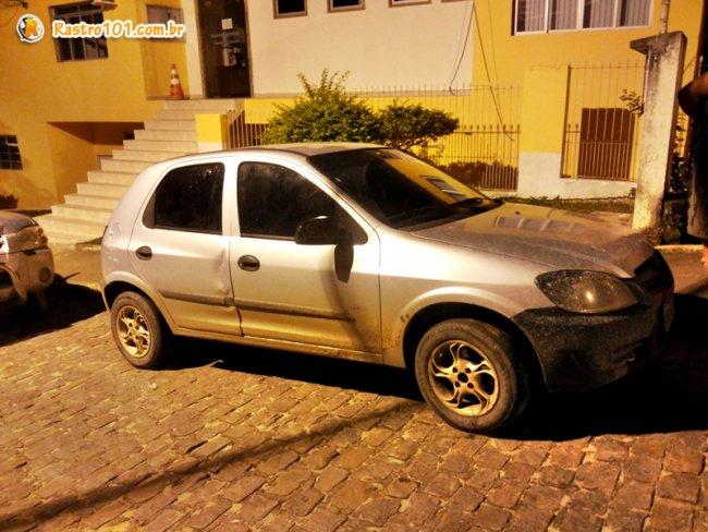 Veículo foi encontrado abandonado em Itagimirim. (Foto: Rastro101)