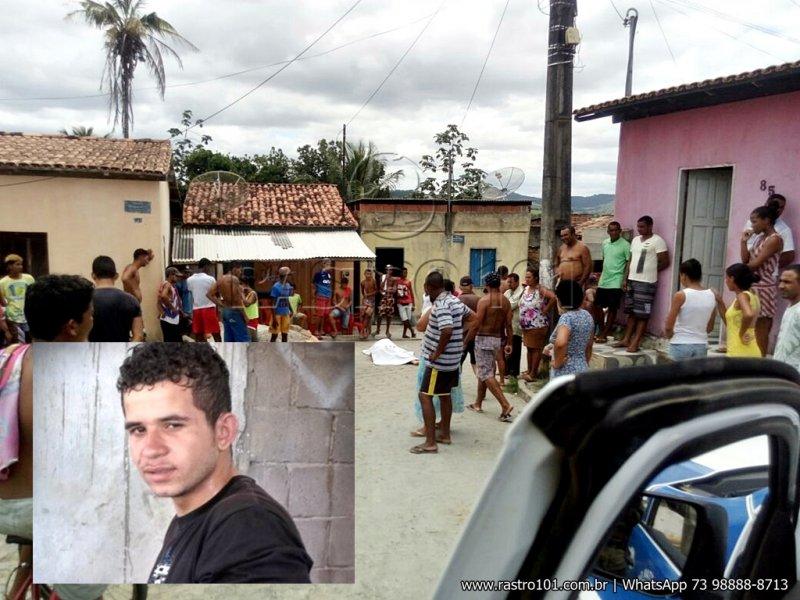 Jhonatan foi morto com vários tiros na cabeça. Ele é suspeito de ter matado um colega em 2012. (Foto: Rastro101)