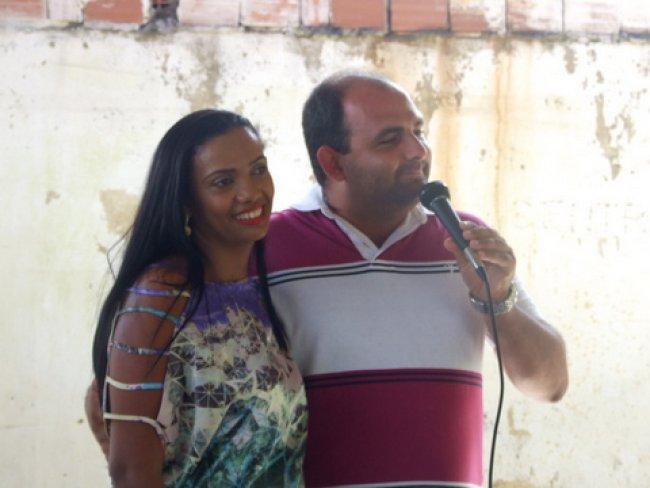Renata Andrade e seu esposo Junior Andrade, Presidente da Câmara de Vereadores de Itagimirim. (Foto: ASCOM)