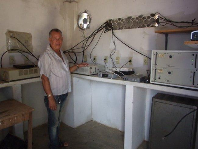 Equipamento instalados na torre de recepção de Itagimirim. (Foto: ASCOM)