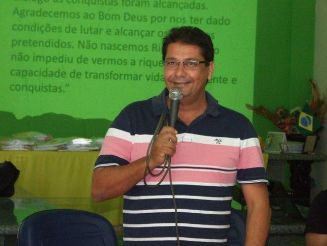 Rogério Andrade elogiou o trabalho de todos eles e se prontificou estar, na qualidade de prefeito e também de cidadão itagimiriense. (ASCOM)