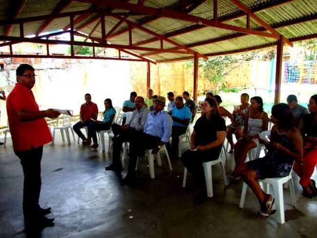 Rogério Andrade falou da importância do Crediamigo para o município, segundo ele tudo que for para contribuir para a qualidade de vida das pessoas a Prefeitura estará presente. (Foto: ASCOM)