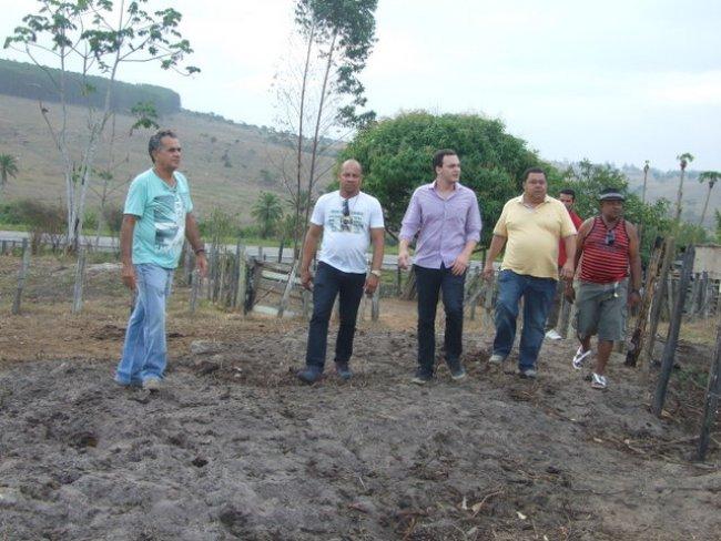 O Projeto Agrovida, de iniciativa da Veracel Celulose em parceria com a Prefeitura e uma associação da cidade, liderado por Napinho, recebeu também a visita da comitiva. (Foto: Divulgação)