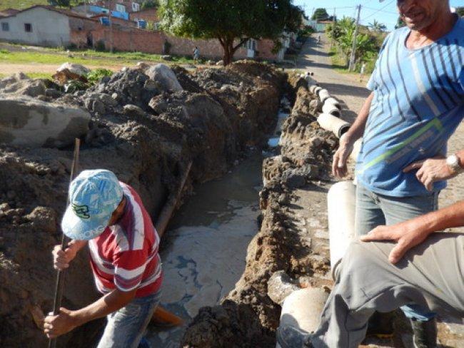 Desenvolvimento Sustentável, está atendendo várias demandas por todos os cantos da cidade. (Foto: ASCOM)