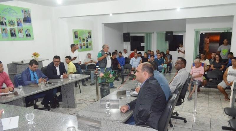 Reunião ocorreu na Câmara de Vereadores de Itagimirim. (Itapebi Notícias)
