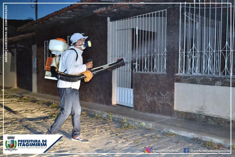 A Prefeitura de Itagimirim vem realizando uma série de ações planejadas, a fim de eliminar o mosquito que é transmissor de diversas doenças, tais como: Dengue, Zika, Chikungunya. (Ascom-Itagimirim)