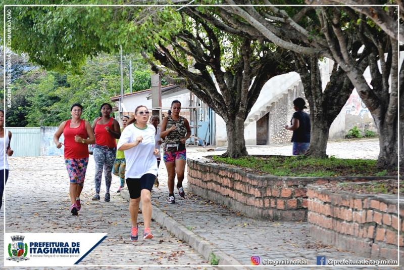 Está mais que comprovado que atividades físicas faz bem tanto para o corpo quanto para a mente. (Ascom-Itagimirim)