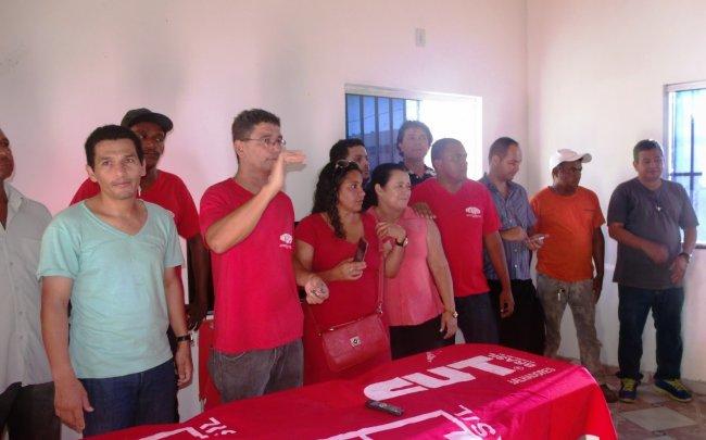 Presidente reeleito e coordenadores da SINTRASPESB (Foto: Jequitinhonha News - Sivaldo Barbosa)