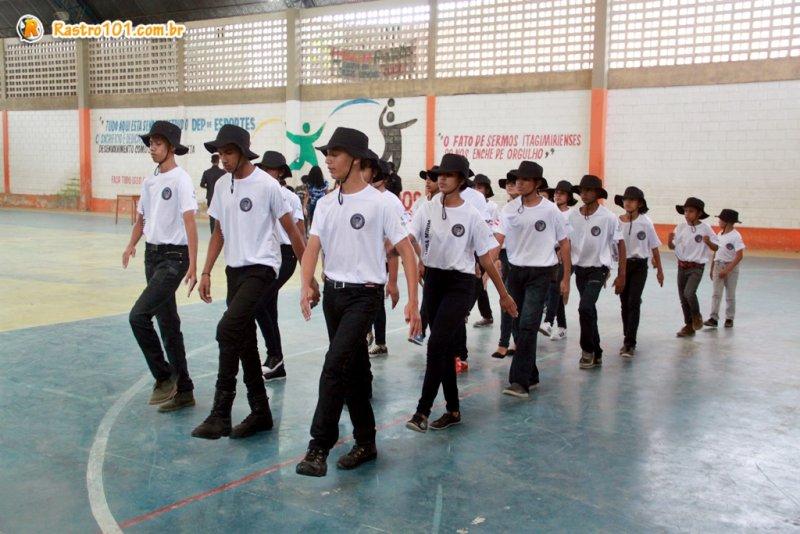 Cerca de 20 alunos participaram do evento.(Rastro101)