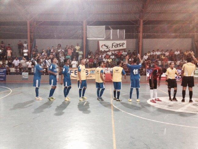 Equipe de Itagimirim enfrentou Itamaraju mas partida precisou ser interrompida depois de 7 minutos. (Foto: Thiago Silva)