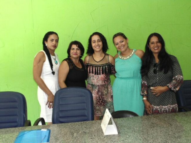Tomaram posse no último domingo (10) as cinco conselheiras tutelares eleitas no mês de outubro de 2015, em Itagimirim. (Foto: ASCOM)