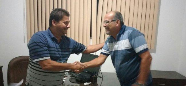 Prefeito Rogério Andrade e o advogado Walter Ferreira. (Foto: Divulgação)