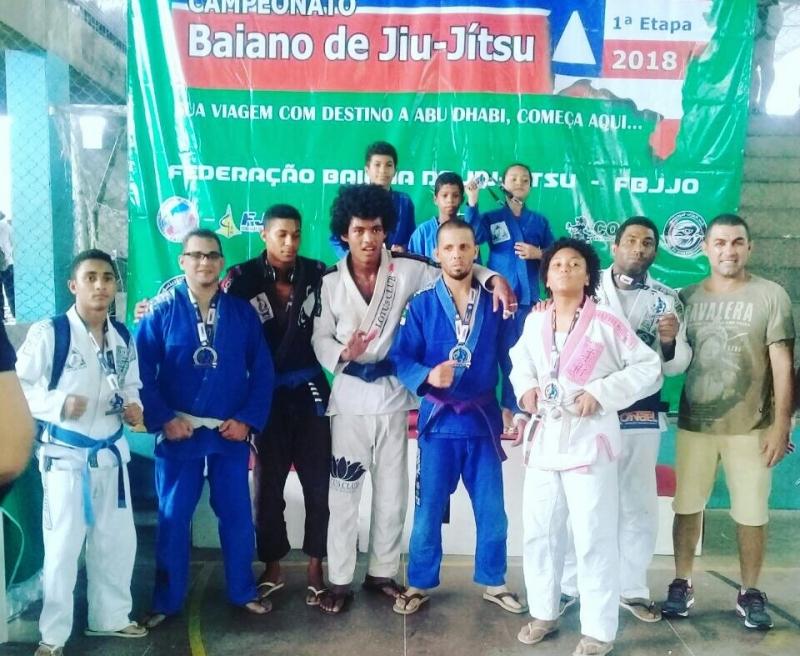 Atletas de Itagimirim que participaram do campeonato. (Imagem: Divulgação)
