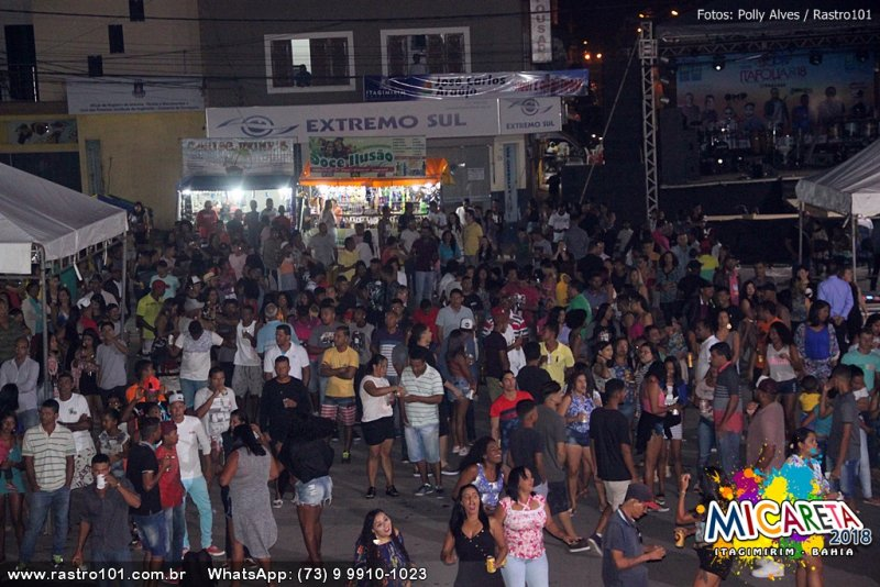 Uma multidão se divertiu sem ocorrências de violência na festa (Polly Alves/Rastro101)